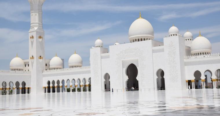 Sheikh-Zayed-Moschee – Ein Traum in weiß