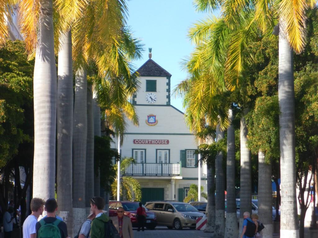 Gericht in Philippsburg, AIDA Karibik - St. Maarten - Ausflug Flugzeugstrand Maho Beach
